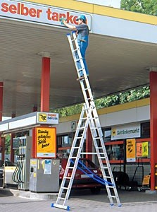 industrial timber ladders,steps,aluminium towers,trestles,stagings,hop ups,pole ladders,industrial,trade,diy,aluminium ladders,fibreglass ladders,steps,roof ladders,aluminium steps,combination ladders,mobile safety steps,additional products